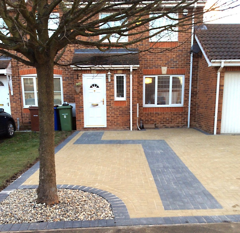 block driveway Essex, New Driveways Oxford New Driveways Reading New Driveways Swindon New Driveways Newbury New Driveways Peterborough New Driveways Cardiff New Driveways North London New Driveways South London New Driveways Chiswick New Driveway High Wycombe