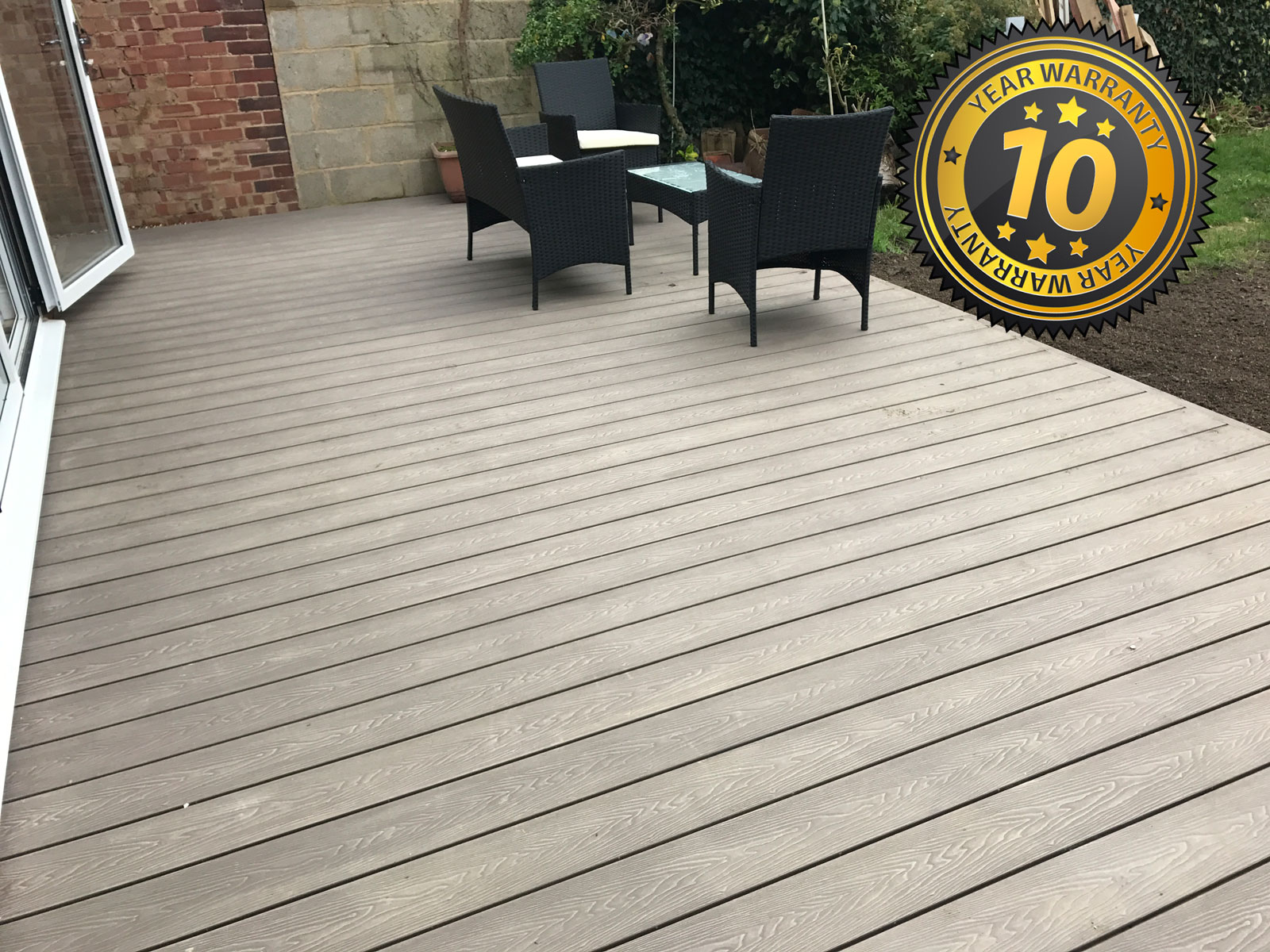 New composite decking, flackwell heath, New Driveway Company